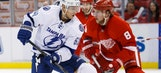 Lightning edged by Red Wings
