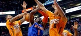 Suns cruise past Knicks