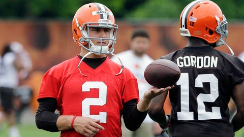 Cleveland Browns quarterback Johnny Manziel (2) waits to run a play during organized team activities at the NFL football team's facility in Berea, Ohio Wednesday, May 28, 2014. (AP Photo/Mark Duncan)