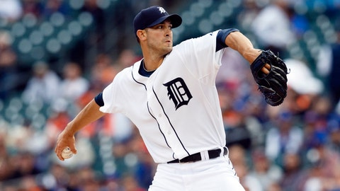 Jun 4, 2014; Detroit, MI, USA; Detroit Tigers starting pitcher Rick Porcello (21) pitches in the first inning against the Toronto Blue Jays at Comerica Park. Mandatory Credit: Rick Osentoski-USA TODAY Sports