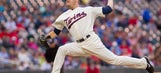 Twins dominate Astros, 8-0