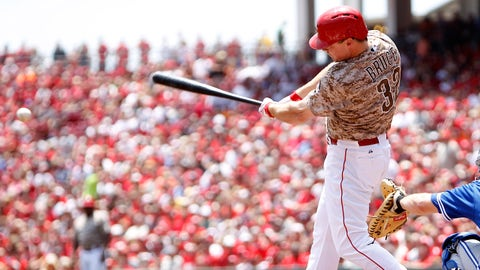 Jun 22, 2014; Cincinnati, OH, USA; Cincinnati Reds right fielder Jay Bruce (32) singles during the first inning against the Toronto Blue Jays at Great American Ball Park. Mandatory Credit: Frank Victores-USA TODAY Sports