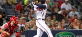 Heyward leads Braves to victory