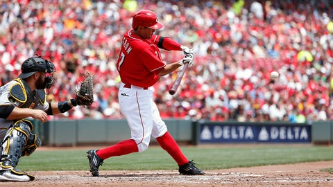 CINCINNATI, OH - JULY 13: Kristopher Negron #17 of the Cincinnati Reds hits a three-run home run in the second inning of the game against the Pittsburgh Pirates at Great American Ball Park on July 13, 2014 in Cincinnati, Ohio. (Photo by Joe Robbins/Getty Images)