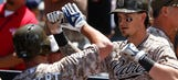 Smith helps Padres edge Mets