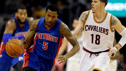 Dec 28, 2014; Cleveland, OH, USA; Detroit Pistons guard Kentavious Caldwell-Pope (5) brings the ball up court as Cleveland Cavaliers forward Mike Miller (18) defends  during the first quarter at Quicken Loans Arena. Mandatory Credit: Ken Blaze-USA TODAY Sports