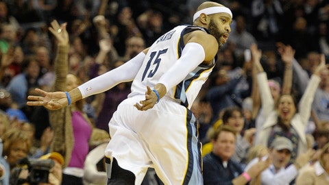 Jan 24, 2015; Memphis, TN, USA; Memphis Grizzlies guard Vince Carter (15) reacts after the play during the game against the Philadelphia 76ers at FedExForum. Mandatory Credit: Justin Ford-USA TODAY Sports