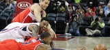Hawks rout Wizards for 8th straight win