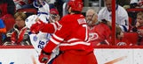 Hurricanes defeat the Maple Leafs, 2-1