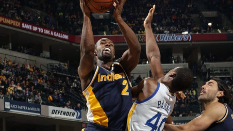INDIANAPOLIS, IN - FEBRUARY 22:  Rodney Stuckey #2 of the Indiana Pacers goes up for a shot against the Golden State Warriors on February 22, 2015 at Bankers Life Fieldhouse in Indianapolis, Indiana. NOTE TO USER: User expressly acknowledges and agrees that, by downloading and or using this Photograph, user is consenting to the terms and conditions of the Getty Images License Agreement. Mandatory Copyright Notice: Copyright 2015 NBAE (Photo by Ron Hoskins/NBAE via Getty Images)