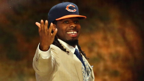 Apr 30, 2015; Chicago, IL, USA; Kevin White (West Virginia) is selected as the number seven overall pick to the Chicago Bears in the first round of the 2015 NFL Draft at the Auditorium Theatre of Roosevelt University. Mandatory Credit: Jerry Lai-USA TODAY Sports