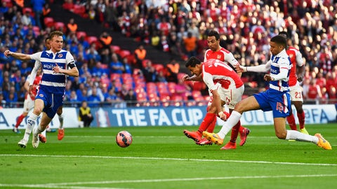 LONDON, ENGLAND - APRIL 18:  Alexis Sanchez of Arsenal scores the opening goal during the FA Cup Semi Final between Arsenal and Reading at Wembley Stadium on April 18, 2015 in London, England.  (Photo by Mike Hewitt/Getty Images)