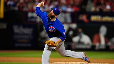 May 4, 2015; St. Louis, MO, USA; Chicago Cubs relief pitcher Jason Motte (30) throws to a St. Louis Cardinals batter during the sixth inning at Busch Stadium. The Cardinals defeated the Cubs 10-9. Mandatory Credit: Jeff Curry-USA TODAY Sports