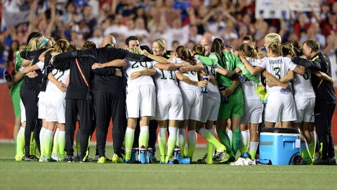 Jun 26, 2015; Ottawa, Ontario, CAN; The United States huddles after defeating China in the quarterfinals of the FIFA 2015 Women's World Cup at Lansdowne Stadium. United States won 1-0. Mandatory Credit: Marc DesRosiers-USA TODAY Sports