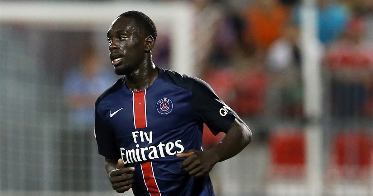 f05c50a9499 Jean-Kevin Augustin doubles PSG s lead against Fiorentina - 2015  International Champions Cup Highlights