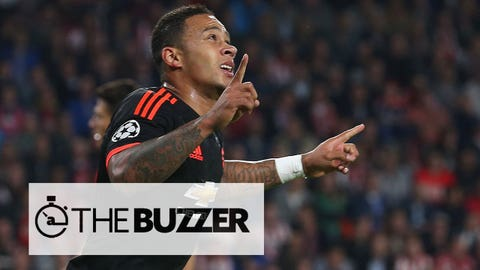 EINDHOVEN, NETHERLANDS - SEPTEMBER 15:  Memphis Depay of Manchester United celebrates scoring their first goal during the UEFA Champions League match between PSV Eindhoven and Manchester United at Philips Stadion on September 15, 2015 in Eindhoven, Netherlands.  (Photo by Matthew Peters/Man Utd via Getty Images)