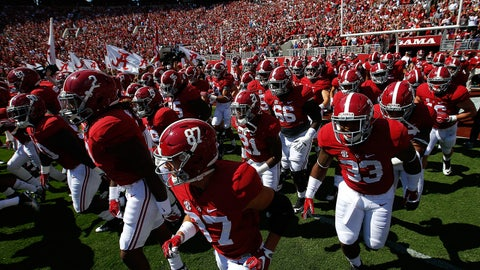 TUSCALOOSA, AL - SEPTEMBER 12:  The Alabama Crimson Tide enter the field to face the Middle Tennessee Blue Raiders at Bryant-Denny Stadium on September 12, 2015 in Tuscaloosa, Alabama.  (Photo by Kevin C. Cox/Getty Images)