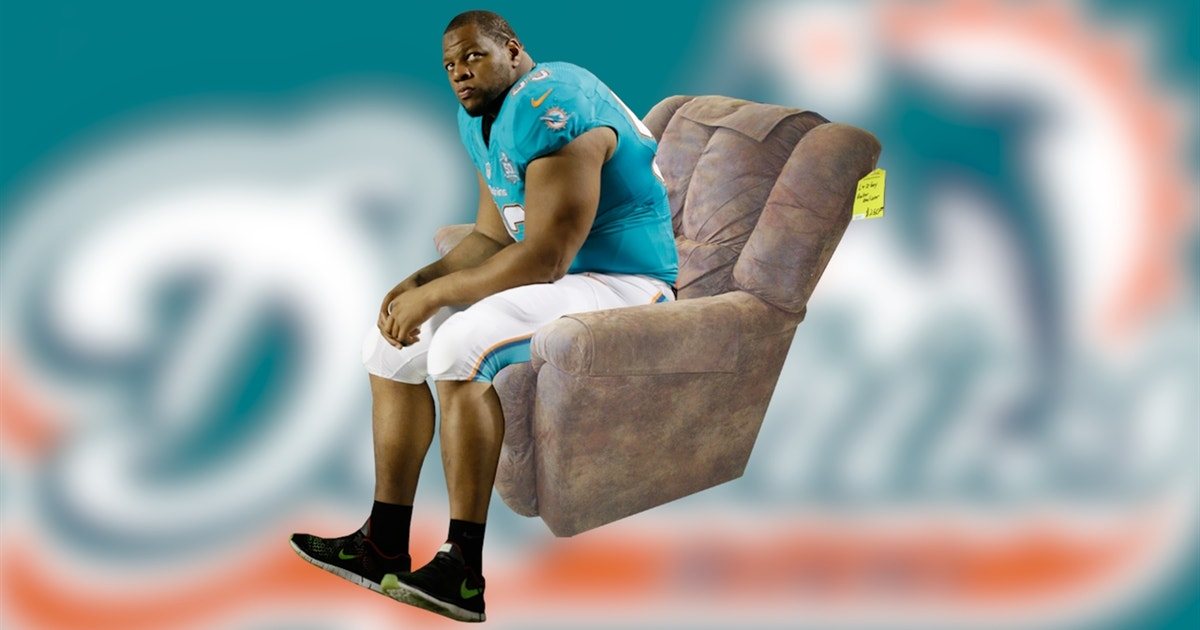 Ndamukong Suh Buys La Z Boys For Defensive Line Fox Sports