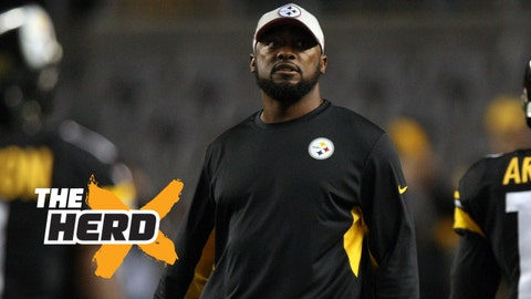 Oct 1, 2015; Pittsburgh, PA, USA; Pittsburgh Steelers head coach Mike Tomlin walks on the field before the game against the Baltimore Ravens at Heinz Field. Mandatory Credit: Jason Bridge-USA TODAY Sports