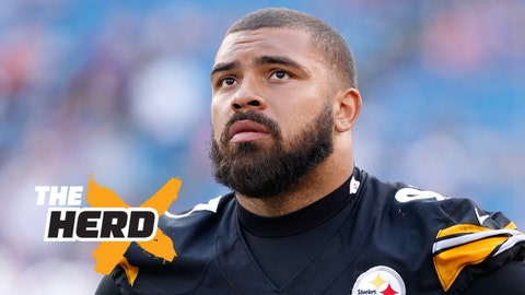 Aug 29, 2015; Orchard Park, NY, USA; Pittsburgh Steelers defensive end Cameron Heyward (97) on the sideline during the game against the Buffalo Bills at Ralph Wilson Stadium. Mandatory Credit: Kevin Hoffman-USA TODAY Sports