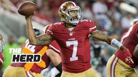 Oct 22, 2015; Santa Clara, CA, USA; San Francisco 49ers quarterback Colin Kaepernick (7) passes the ball against the Seattle Seahawks during the fourth quarter at Levi's Stadium. The Seattle Seahawks defeated the San Francisco 49ers 20-3. Mandatory Credit: Kelley L Cox-USA TODAY Sports