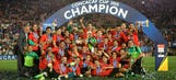 Mexico celebrates 2017 Confederations Cup berth   2015 CONCACAF Cup Highlights