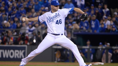 Oct 27, 2015; Kansas City, MO, USA; Kansas City Royals relief pitcher Ryan Madson throws a pitch against the New York Mets in the 11th inning in game one of the 2015 World Series at Kauffman Stadium. Mandatory Credit: John Rieger-USA TODAY Sports