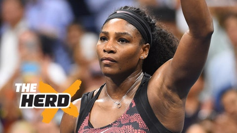Sep 8, 2015; New York, NY, USA; Serena Williams of the USA waves after beating Venus Williams of the USA on day nine of the 2015 U.S. Open tennis tournament at USTA Billie Jean King National Tennis Center. Mandatory Credit: Robert Deutsch-USA TODAY Sports