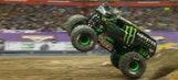Monster Energy wins Syracuse freestyle driving blind – 2016 Monster Jam