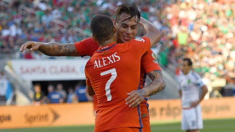 SANTA CLARA, CA - JUNE 18:  Eduardo Vargas #11 and Alexis Sanchez #7 of Chile celebrate after Vargas scored a goal against Mexico during the 2016 Copa America Centenario Quarterfinals match play between Mexico and Chile at Levi's Stadium on June 18, 2016 in Santa Clara, California.  (Photo by Thearon W. Henderson/Getty Images)
