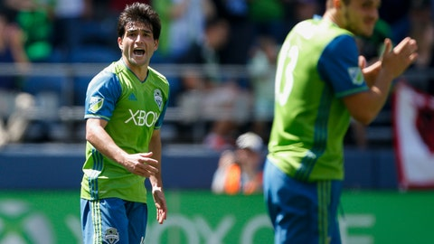 Lodeiro uncharacteristically struggled, but Alonso and Roldan were great