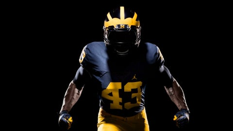 Michigan football kit
