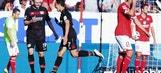 Chicharito's brace makes it 2-2 against Mainz | 2016-17 Bundesliga Highlights