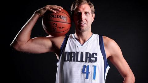 Dallas Mavericks (9)