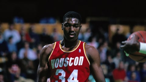 Hakeem Olajuwon, C, 1992-93 Houston Rockets