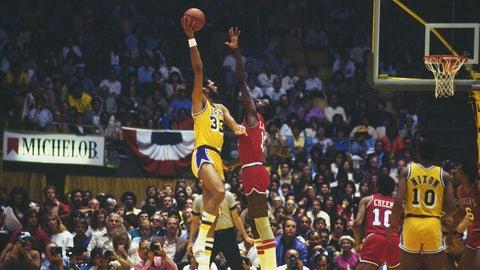 1975-76, Kareem Abdul-Jabbar