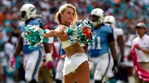 NFL cheerleaders in pictures -- Week 5