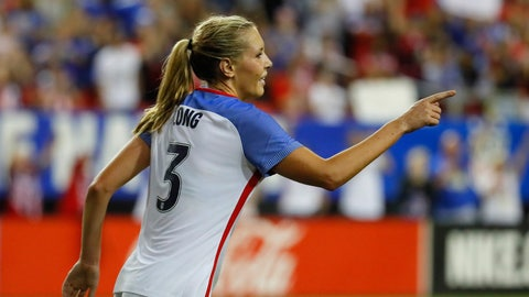 Could Allie Long get a look as a defender?