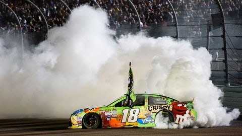 Kyle Busch wins the Sprint Cup championship, 2015
