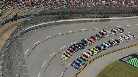 Camping World Truck Series Round of 6 grid