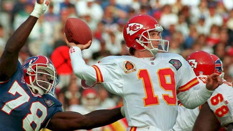 Kansas City Chiefs: Landing a legend in Joe Montana