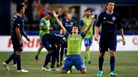 Can Nelson Valdez save the Sounders again?