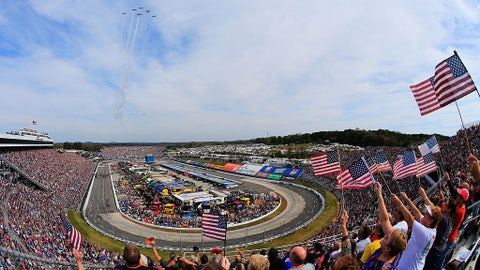 Best photos from the Goody's Fast Relief 500 at Martinsville