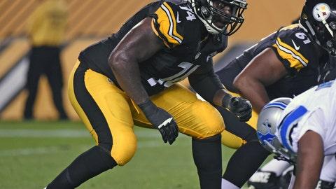 RT: Chris Hubbard, Pittsburgh Steelers: 6-4, 295 pounds