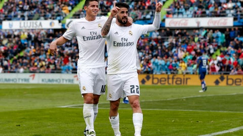 Real Madrid vs. Legia Warsaw: Isco? James?