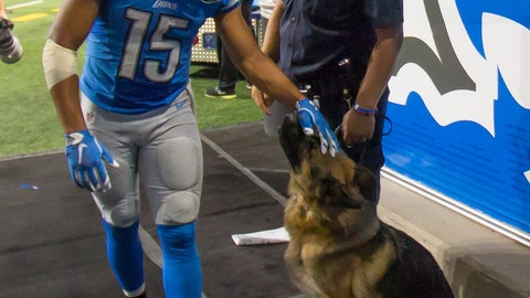 Golden Tate and the police dog