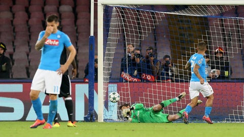 Napoli pull a Napoli with stinker against Bestikas