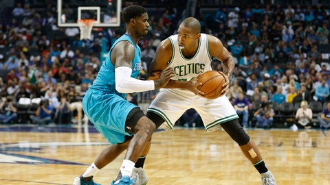 Hornets' top lineup in 2015-16 season struggling early