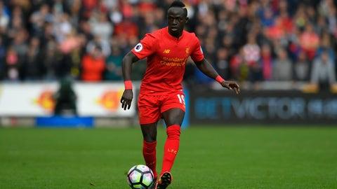 Can Sadio Mane take advantage of United's fullbacks?
