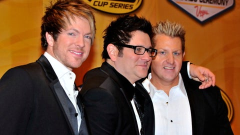 Rascal Flatts band members, 2010